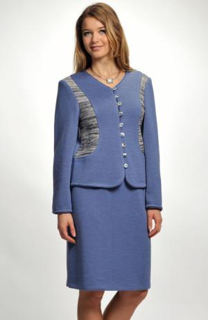 Pletený dámský kostýmek s melírovanou vsadkou v barvě jeans