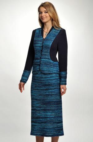 Dámský pletený kostým s dlouhou sukní v modrém melíru