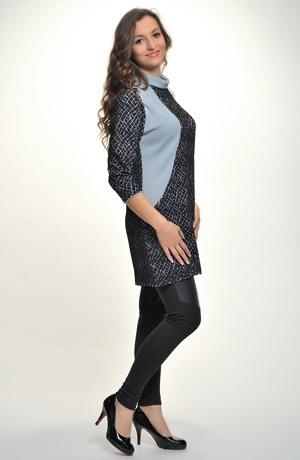 Tunikové šaty vhodné ke kalhotám