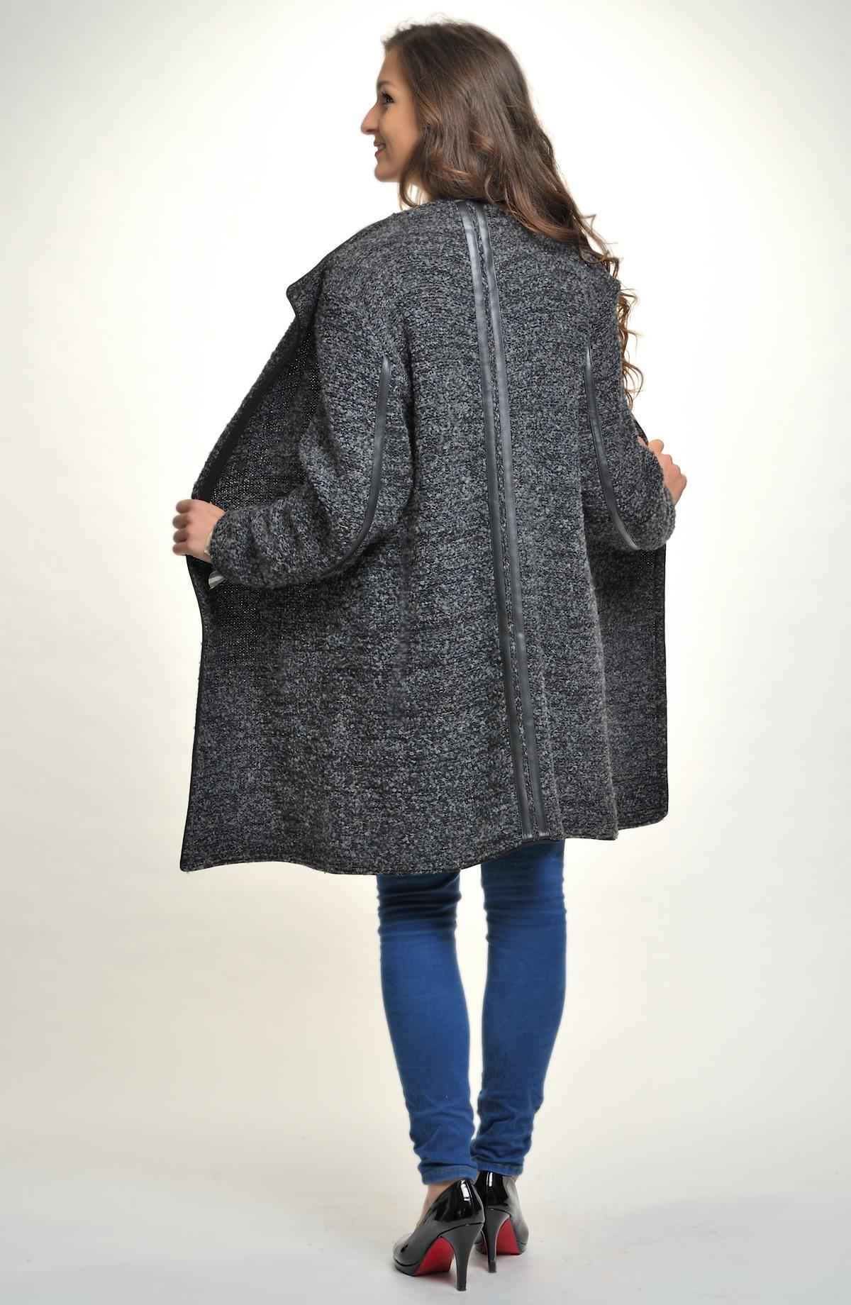 Pletený kabátek z hřejivého boucle