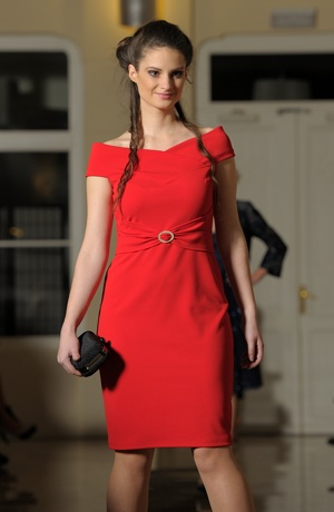 Dívčí společenské šaty