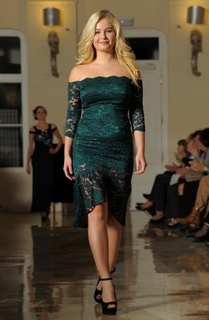 Luxusní společenské šaty