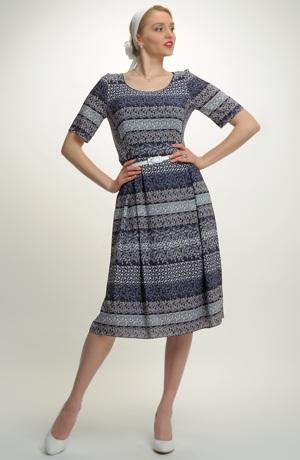 4e1e382cd9b1 ... Lehké společenské šaty na léto s potiskem drobných květů