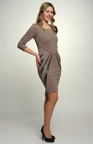 Dámské společenské šaty s dlouhým rukávem s našitou diagonální ozdobou, vel. 34