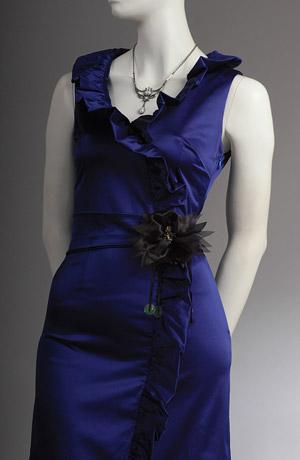 Modré šaty na ramínka vhodné i do tanečních