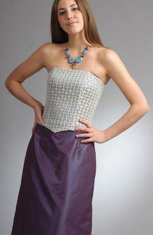 Dívčí korzet z jemné krajky s taftovou sukní - sleva, pouze velikost 36