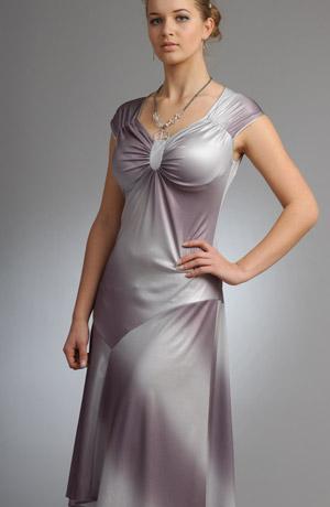 Dámské společenské šaty metalízou v