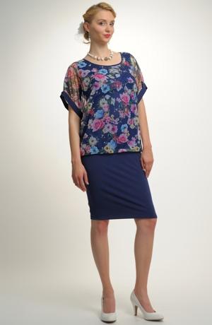 Mladistvé šaty na kolena z módní síťoviny mají podkasaný živůtek. Vel. 38, 40, 42, 44, 46, 48