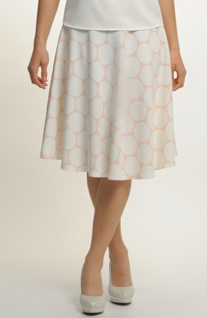 Dámská elegantní sukně s plastickým vzorem