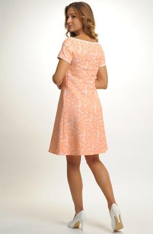 Krátké společenské šaty