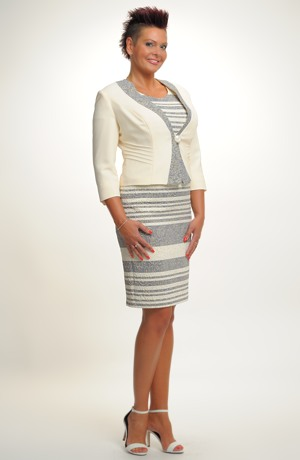 Dámský luxusní kostýmek pro svatební maminky i ve velikostech 40 až 48.