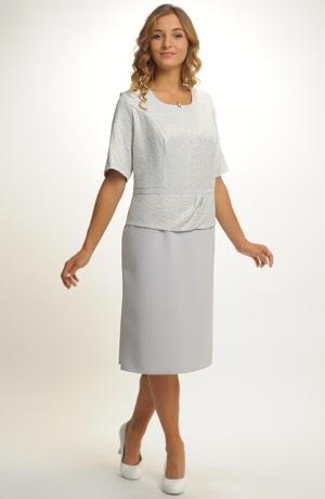 Dámské elegantní koktejlové šaty pro plnoštíhlé