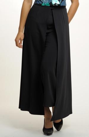 Sukně na kalhoty ze splývavého materiálu.