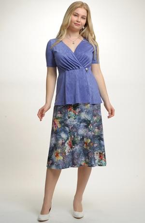 Dámský komplet - šaty se sukní se sklady