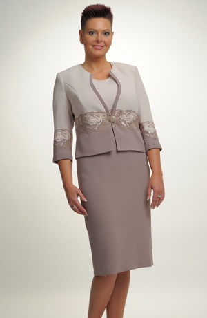 Dámský luxusní kostýmek pro svatební maminky