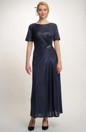 Dlouhé plesové, společenské, večerní šaty s ozdobou, vel. 44 až 48