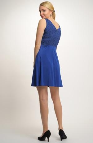 Krátké společenské šaty s živůtkem z plastické tkaniny, vel. 40