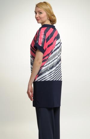 Tunika z luxusní pleteniny s asymetrickým vzorem