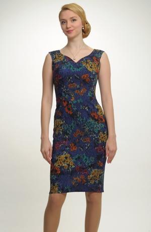 Krátké pouzdrové šaty do společnosti . Vel. 36, 38, 40, 42.