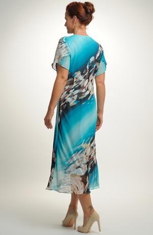 Společenské šaty vhodné pro vetší velikosti