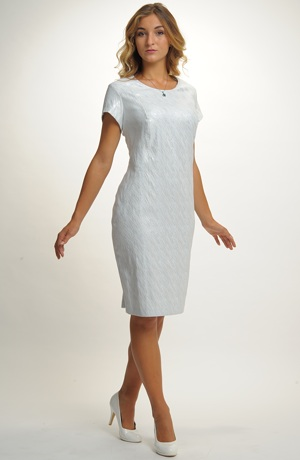 Dámské společenské krátké šaty vhodné na svatbu