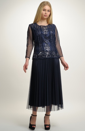 Dámské společenské šaty i na ples pro plnoštíhlé postavy