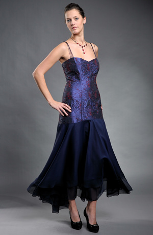 Dámské plesové šaty, dlouhé společenské šaty na ples s jemnými ramínky. Plesovky ve vel. 38
