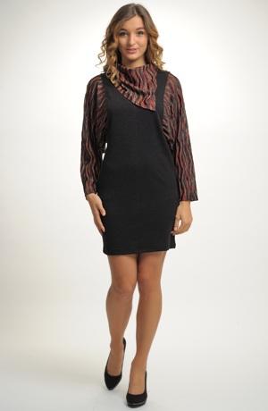 Pletené tunikové šaty s netopýřími rukávy a s páskem