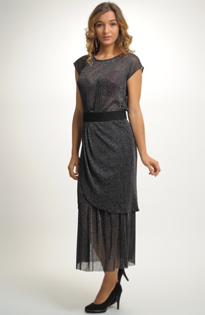 Plesové šaty z kombinace tuniky a sukně