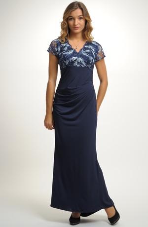 Dlouhé luxusní společenské šaty z elastického materiálu
