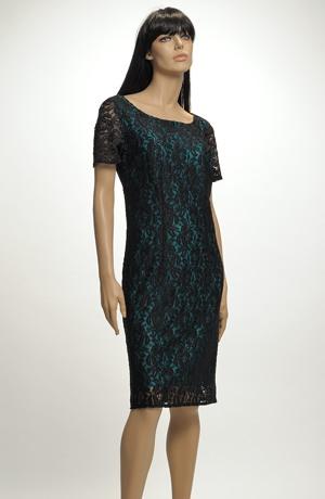 Dámské elegantní šaty pokryté luxusní elastickou krajkou, vel.44 až 52.