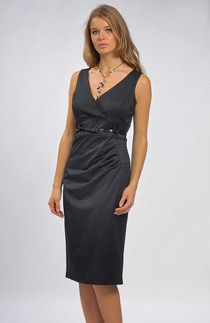 Pouzdrové společenské šaty pro větší velikosti XL a XXL.