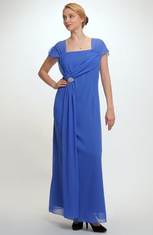 Dlouhé elegantní šaty vhodné jako plesové šaty i pro plnější postavy