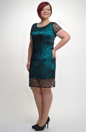 Dámské elegantní šaty pokryté luxusní elastickou krajkou, vel.38 až 50.