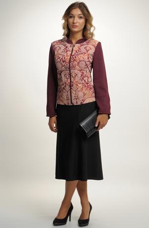 Dámský pletený kabátek s módním vzorem