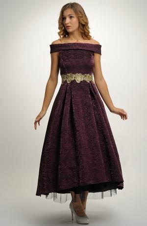 Elastické dlouhé večerní šaty