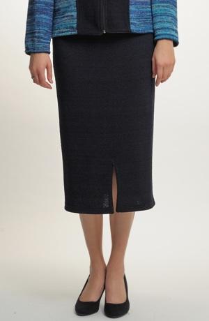 Úzká pletená sukně midi