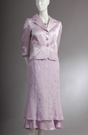 Elegantní světlefialový dámský kostým
