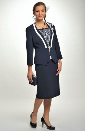 Excluzivní dámský kostým a top pro společenské příležitosti.