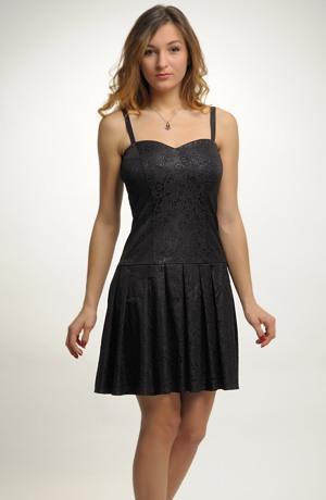 Společenské šaty s korzetovým živůtkem a skládanou bohatou sukní