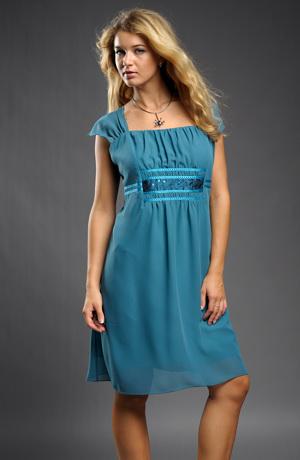 Dámské šaty s řasením na předním středovém dílu, i pro dilnější dívky vel. 44, 46, 50, 52 - XL a XXL