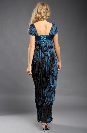 Elegantní společenské dlouhé šaty s volánky