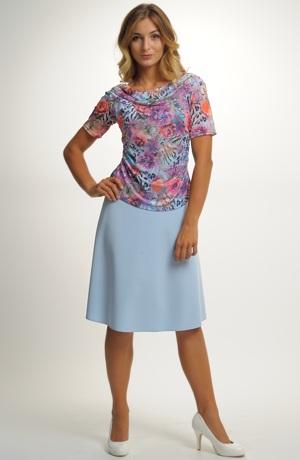 Mladistvá sukně zvonkového střihu
