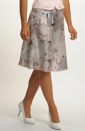 Vzdušná letní sukně se vzorem