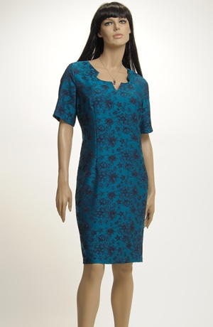 Společenské šaty s módními květy
