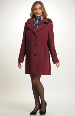 Zimní paleto s oddělávací kapucí i pro větší velikosti
