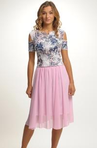 Dívčí komplet na svatbu s delší růžovou sukní
