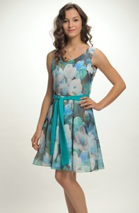 Dívčí společenské šaty ze šifonu