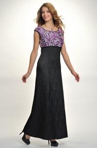 Dlouhé plesové šaty do sedla s našitou ozdobnou stuhou tří barev