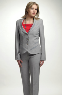Dámský kostým do kanceláře a do společnosti
